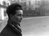 Simone de Beauvoir. Fotoğraf: Henri Cartier-Bresson, Paris, Fransa, 1945. © Henri Cartier-Bresson/Magnum Photos