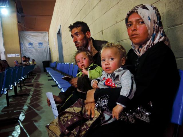YSuriyeli Mülteciler İçin Bir Dolar