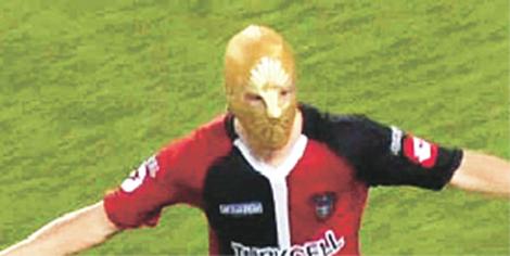 de-nigris-maske