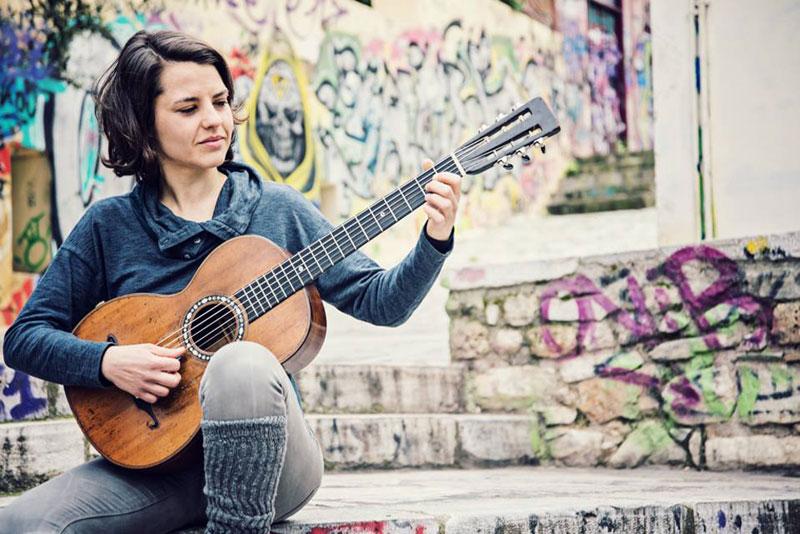 YAman Aman Theodora: Rebetiko Şarkı Listesi