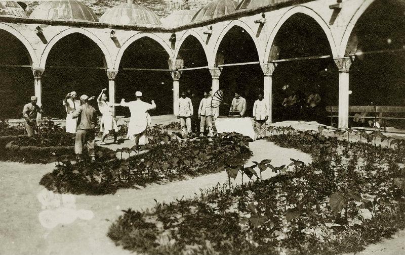 Y19. Yüzyıldan Günümüze Delilik: Fatih Artvinli ile söyleşi – 1. Bölüm