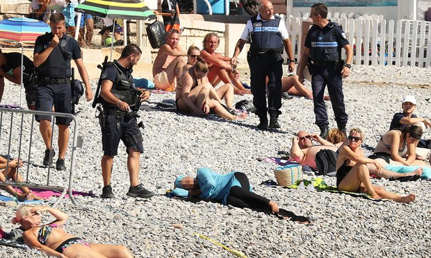 The woman was on the beach when the police arrived. Photograph- Vantagenews