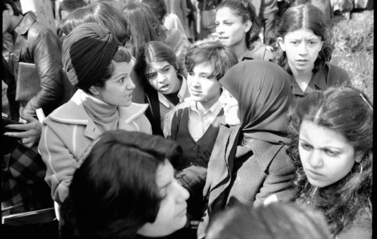 iran-kadinlar-protesto-4