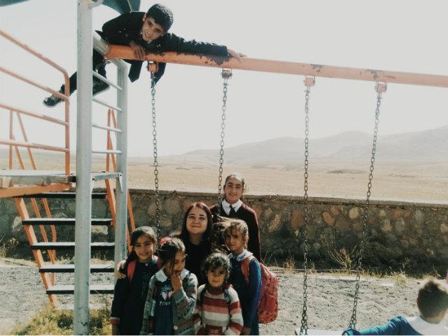 YBüyüyünce Cumhurbaşkanı Olacak Çocuklarla Bir Köy Okulunda İyilik Güzellik