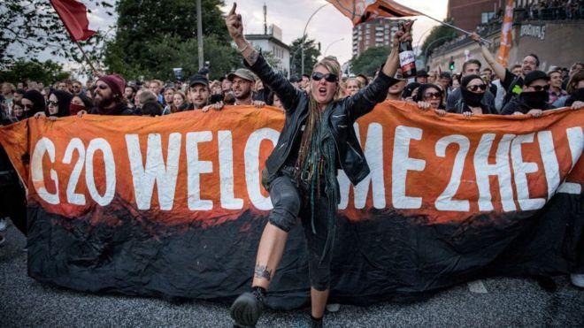 "YG20 Protestoları: ""Hamburg biziz, siz nesiniz!"""