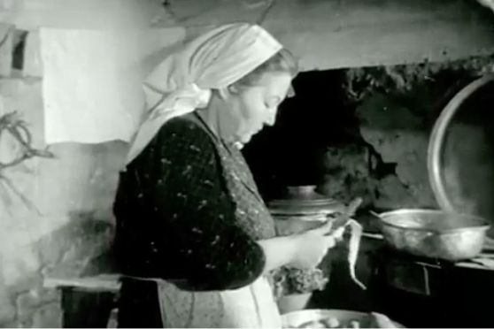 YSanal Ev İşleri Sergisi: Sonsuz Patates