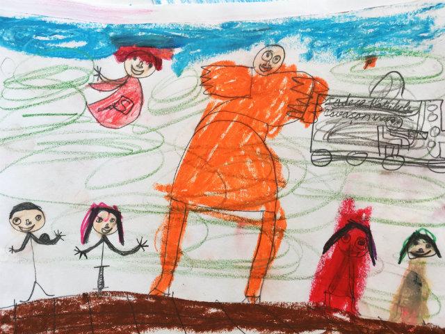 YAteş Kadın, Engelli Süpermen ve Somalı Çocuklarla Öğrenme Keyfi