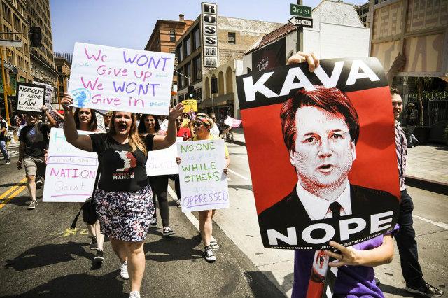 Y#NedenİhbarEtmedim: Cinsel Saldırı Mağdurlarının Trump'a Cevabı