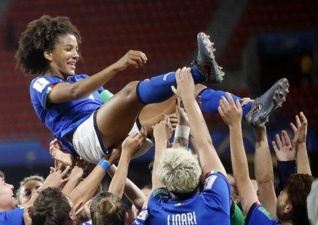 YKadın Futbolu Neden (Hâlâ) Feminist?