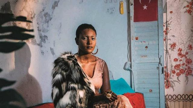 YGöçmen Olmanın Binbir Hali: Amina'nın Hikayesi