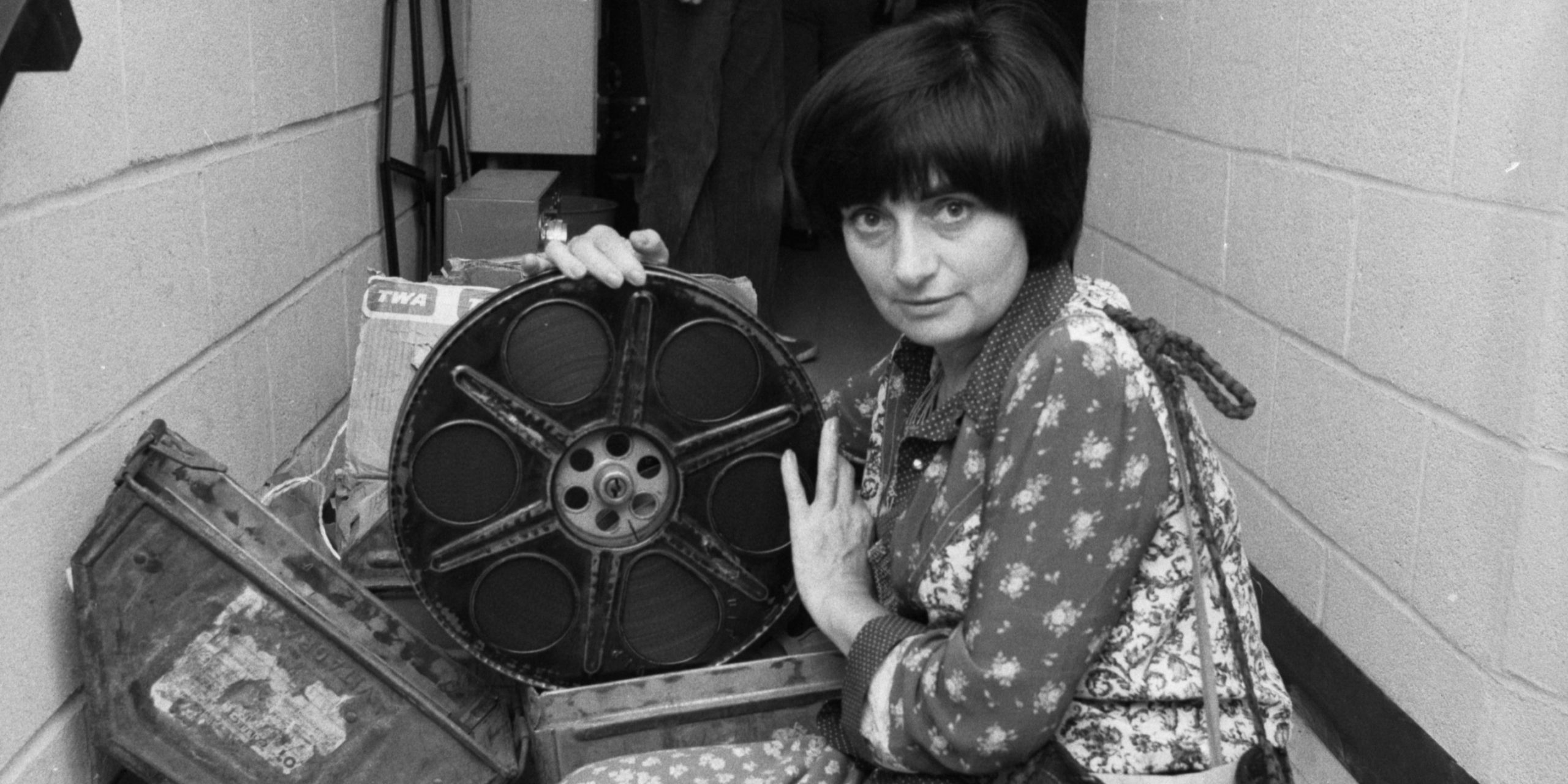 YBitmeyen Hikâyeleri Var, Biliyor Musun? Agnès Varda'nın Üç Filminde Mekânların Hafızası