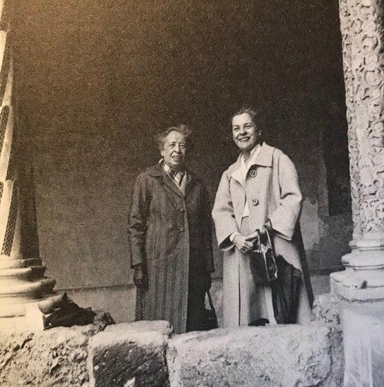 YArkadaşlığın Sahne Tasarımı: Hannah Arendt, Mary McCarthy ve Ançuez Ezmesi